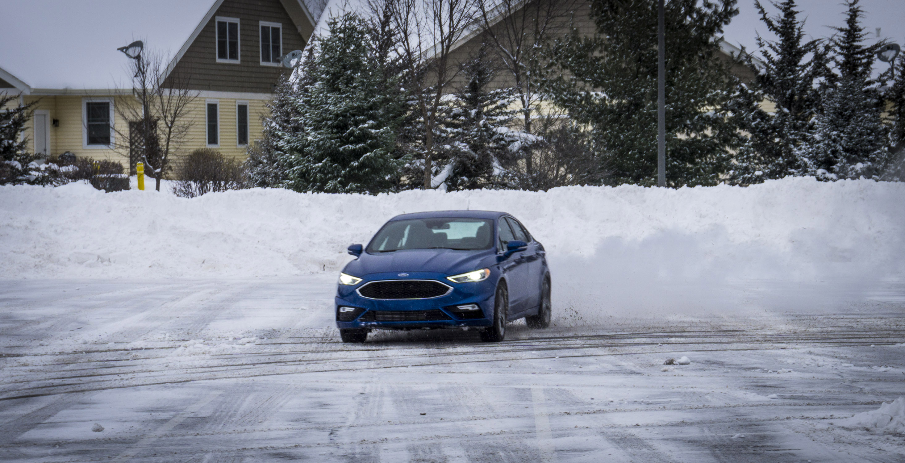 Ford Fusion Awd In Snow