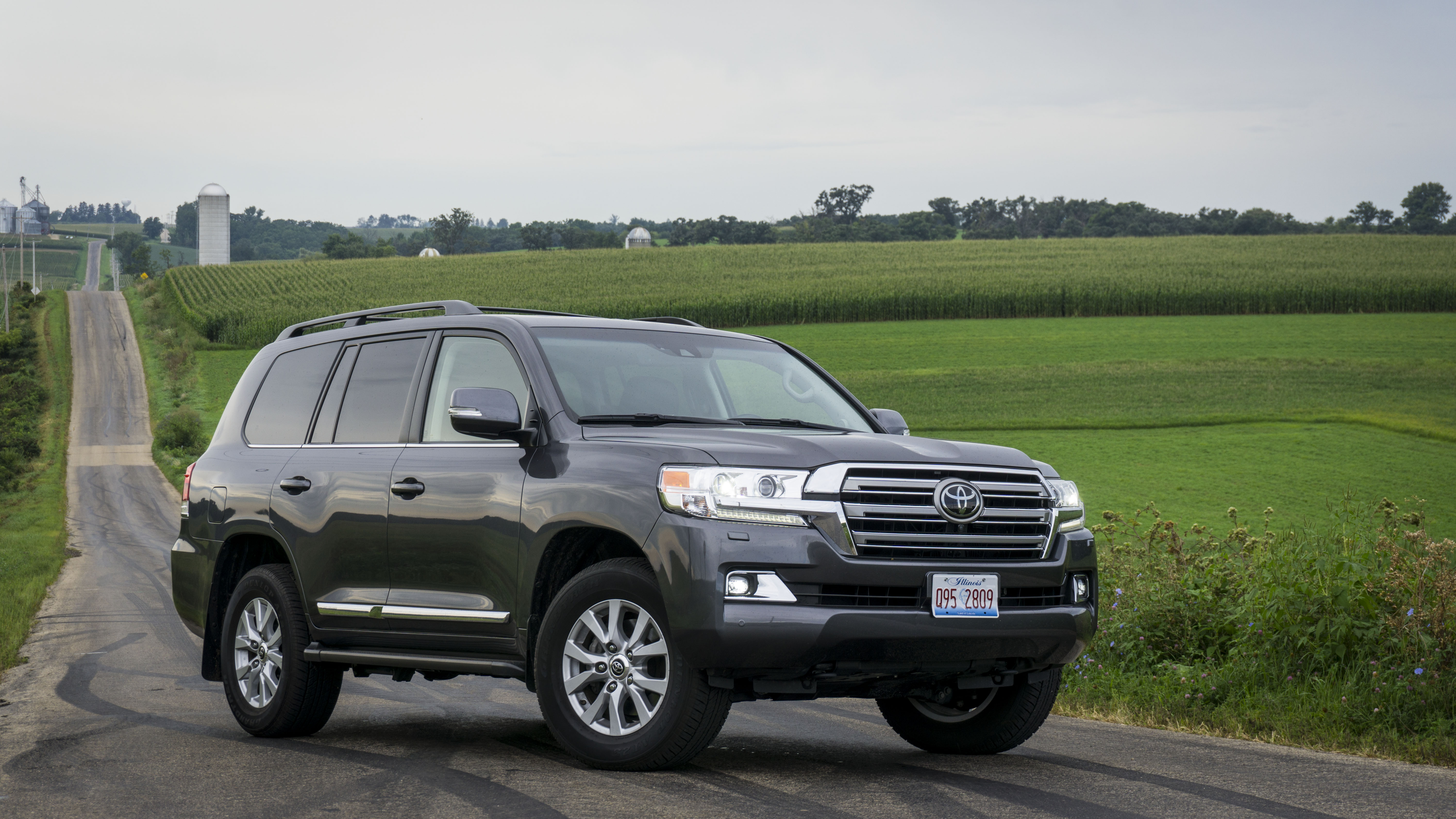 driven 2017 toyota land cruiser you re never too old to rock and roll rides drives. Black Bedroom Furniture Sets. Home Design Ideas